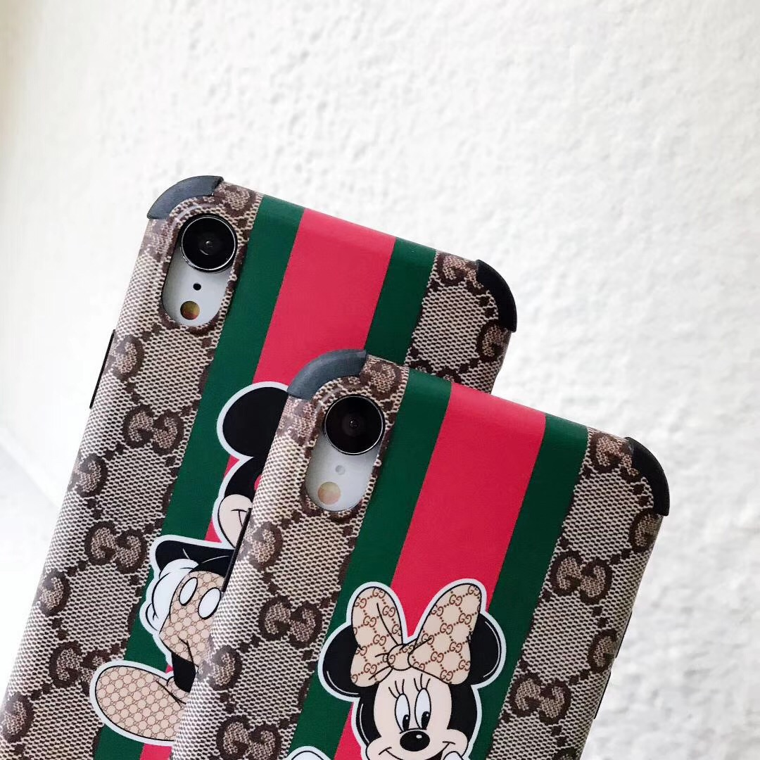 gucci iphone xiケース